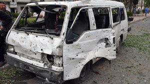 Humus'ta bombalı araç saldırısı: 3 ölü