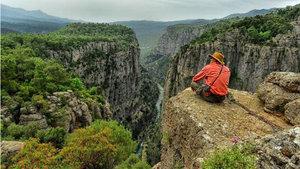 Yeni keşfedilen kanyon manzarasıyla büyüledi