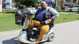 Malatya'da yaşayan İbrahim Polat önce bacaklarını kaybetti, şimdi de vücudu kurtlandı