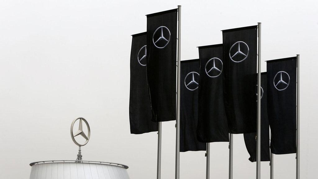 Mercedes'in 11 tesisine polis baskını