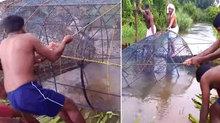 Sıra dışı av taktiği! Kendi yaptıkları kafesle...