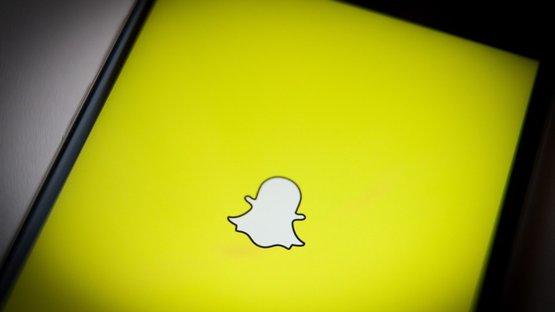 Snapchat'ten 'özel hikaye' modu
