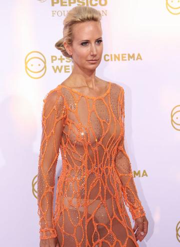 Cannes'a damga vuran kıyafetler