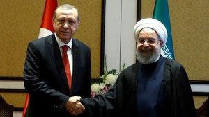 Erdoğan'dan Ruhani'ye tebrik telefonu