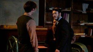 Eşref Paşa, Hilal'in infazını engellemek için Leon'u kaçırmıştır