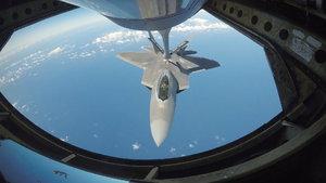 ABD, Suriye'yi F-22 uçaklarıyla vurmuş
