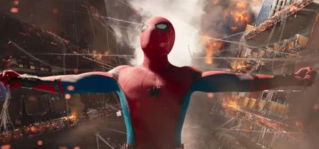 Spider Man'e Tony Stark eli değdi