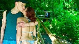Ariel Winter sevgilisini öpmeye doyamadı