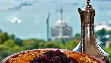 """Bakanlıktan """"örnek"""" Ramazan sofrası"""