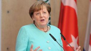 """Angela Merkel'den bir kez daha """"İncirlik'ten çekiliriz"""" açıklaması"""