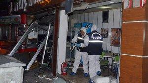 Eskişehir'de tavukçu dükkanında patlama: 2 yaralı