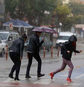 Hava sıcaklığının ülke genelinde mevsim normalleri civarında seyredeceği tahmin ediliyor