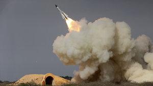 İran'dan Trump'ı kızdıracak açıklama: Yeraltı füze fabrikası hazır!