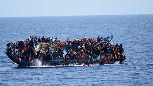 Akdeniz'de tekne battı! 34 kişi öldü