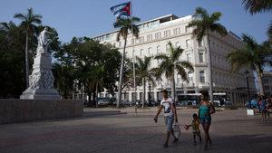 """Küba'nın ilk beş yıldızlı oteli """"Manzana Kempinski"""""""