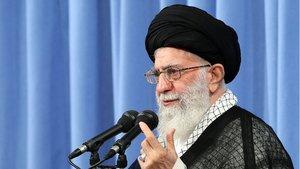 İran dini lideri Hamaney'den Suudi Arabistan'a çok sert sözler: ABD'nin 'damızlık ineği'