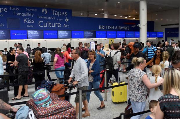 İngiltere'de uçuş kaosu