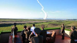 Kuzey Kore boş durmuyor! Bir füze daha...