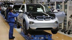BMW Almanya, Çin ve Güney Afrika'da üretimi geçici olarak durdurdu
