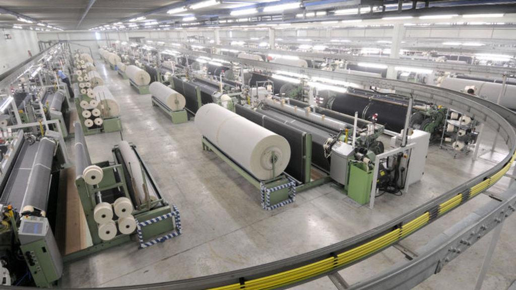 Tekstilde dev satış