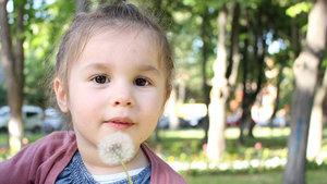 2,5 yaşındaki Ece Boyacıoğlu'nun yürüyebilmesi için seferber oldular