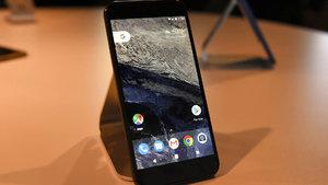 Android'in yaratıcısı Essential adlı yeni telefonunu tanıttı