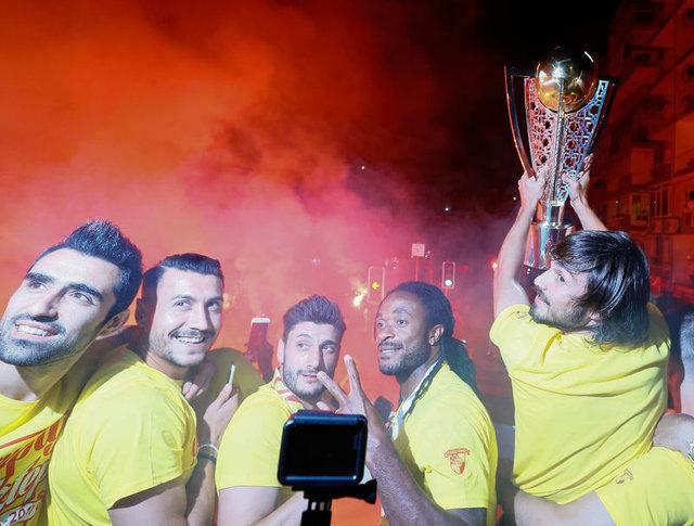 Göztepe şampiyonluğu kutladı