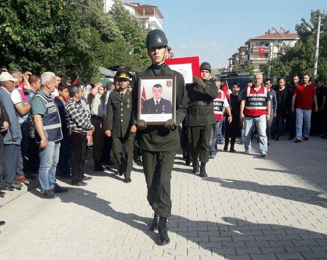 Ankara Şehidin Var! Uzman Çavuş Sefa Tiftik'in Acı Haberi Ailesine Ulaştı