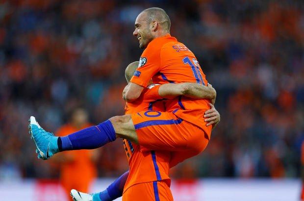 Rekorun yeni sahibi Sneijder!