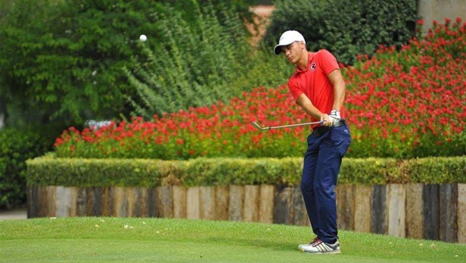 Türk golf tarihine geçti