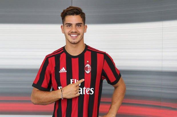 Milan Porto'dan Andre Silva'yı transfer etti