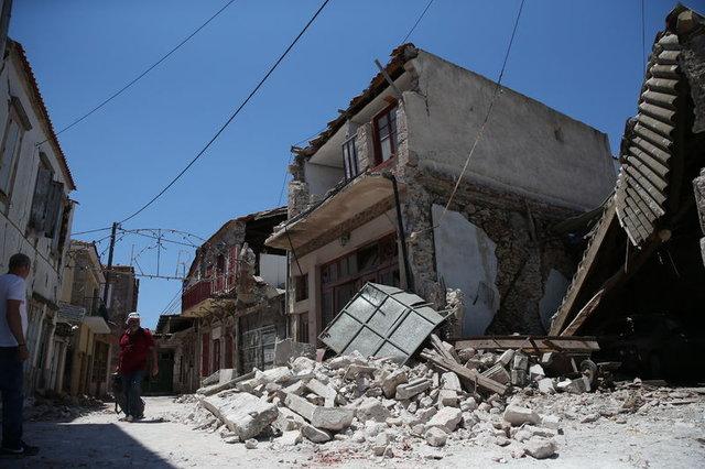 Depremden saatler önce çekilen görüntüler şaşırttı