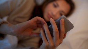 """""""Cep telefonunuzu kalbinizden ve beyninizden uzak tutun"""""""