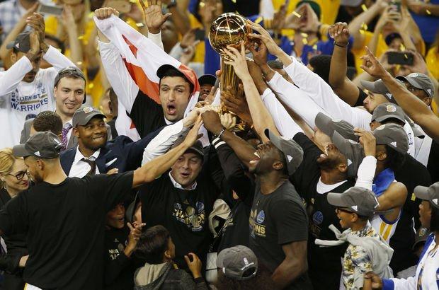 NBA'de şampiyon Golden State Warriors oldu!