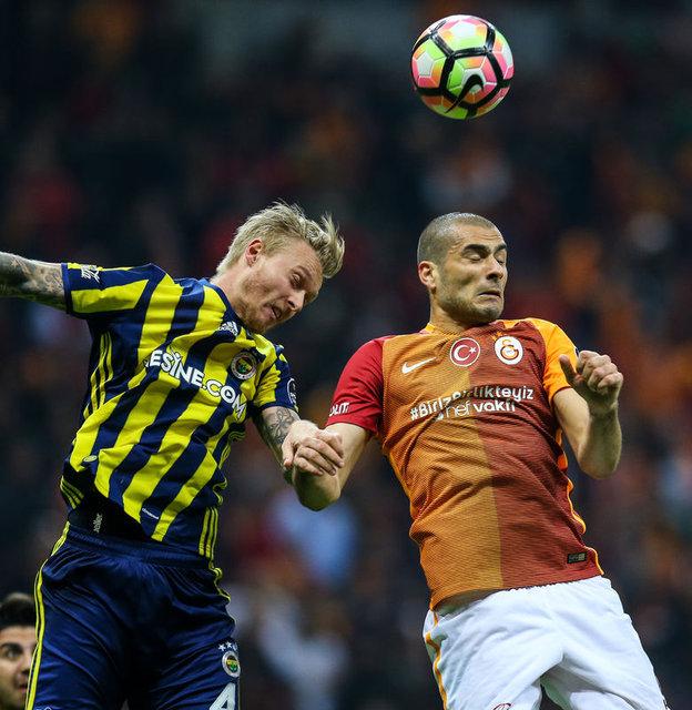 Fenerbahçe transfer haberleri | Carlos Kameni ve Jamie Vardy için görüşmeler sürüyor. Simon Kjaer için Milan'ın ısrarı var