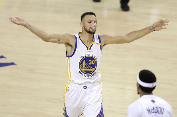 Golden State Warriorslı Stephen Curry Beyaz Saray'a gitmek istemiyor