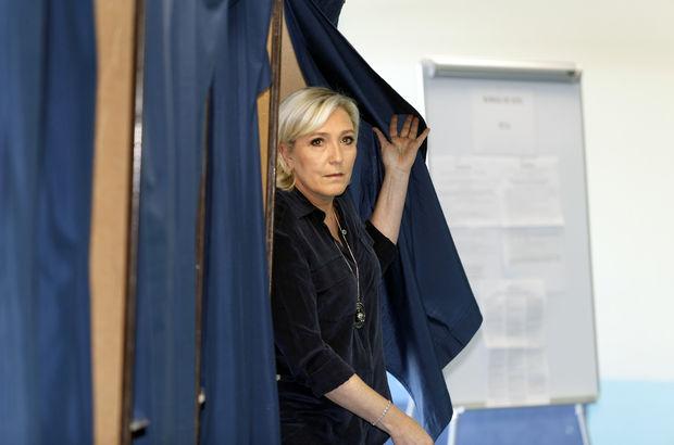 Avrupa Parlamentosu, Le Pen'in dokunulmazlığını kaldırdı!
