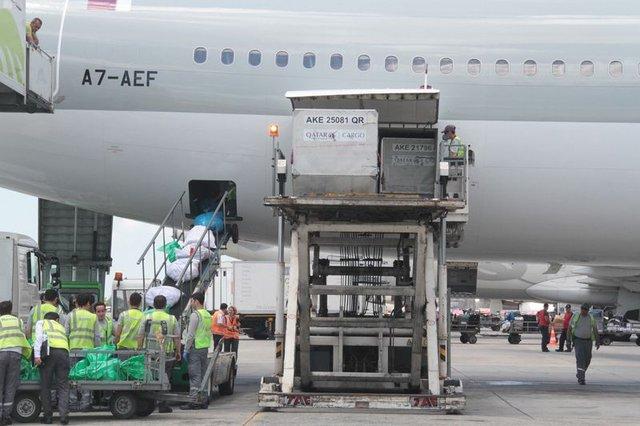Dev kargo uçakları ile 8 günde Türkiye'den Katar'a 40 sefer yapıldı