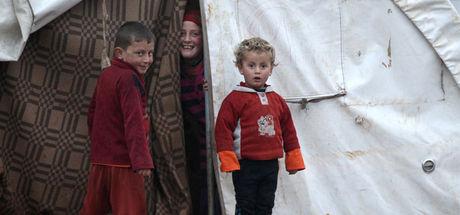 İnsan kaçakçılarının İtalya'ya taşıdığı çocuklar sınır dışı edildi