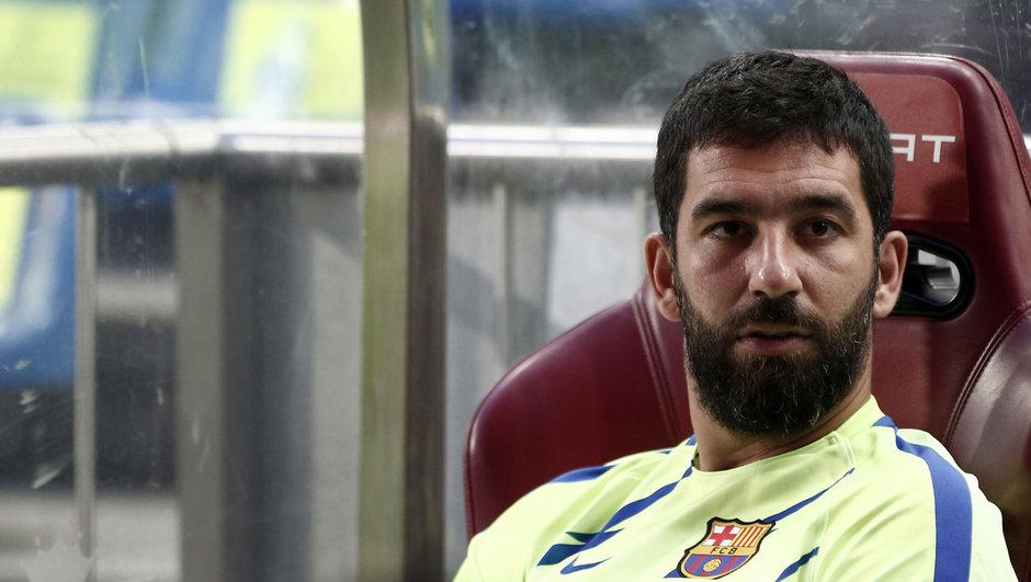 Barcelona'dan flaş karar! Arda Turan...