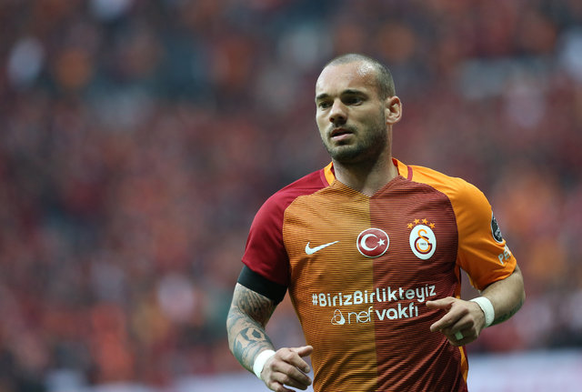 Wesley Sneijder Galatasaray'dan ayrılıyor