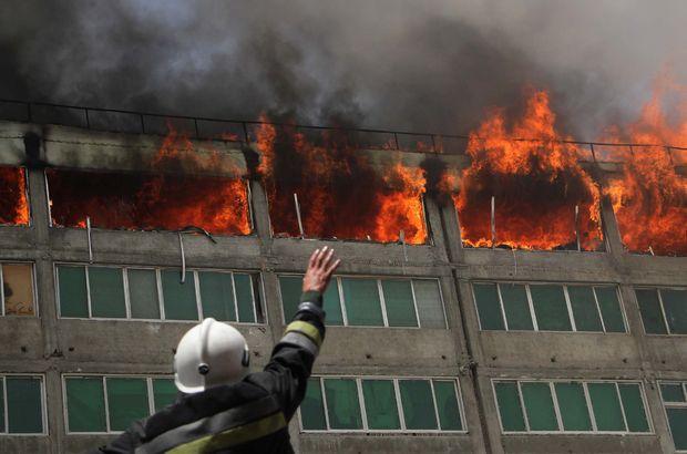 Afganistan'da bir alışveriş merkezi 475 mağazasıyla yandı!