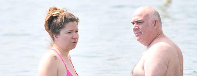 Güven Kıraç ile eşi Bodrum'da aşk tazelediler