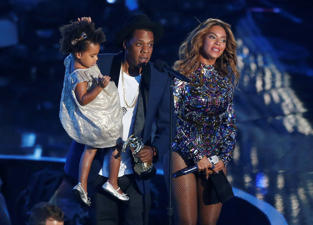 ABD Basını: Beyonce ikizlerini doğurdu