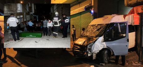 Gaziantep'te minibüs dehşeti! 3 ölü, 7 yaralı