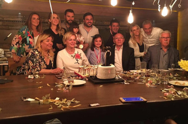 Alişan'a sevgilisi Eda Erol'dan sürpriz doğum günü
