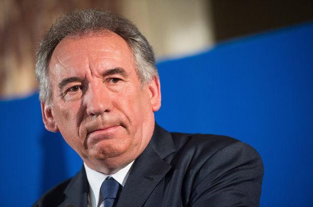 Fransa Adalet Bakanı istifa etti!