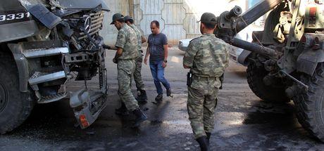 Gaziantep'te iki askeri TIR çarpıştı: 1 asker yaralı
