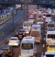 Lastik Sanayicileri ve İthalatçıları Derneği (LASİD) bayram tatilinde trafiğe çıkacak sürücüleri lastik bakımını ihmal etmemeleri ve dikkatli olmaları hususunda uyardı