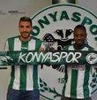 Atiker Konyaspor, Faslı orta saha oyuncusu Mehdi Bourabia ve eski futbolcusu Fildişi Sahilli Abdou Razack Traore